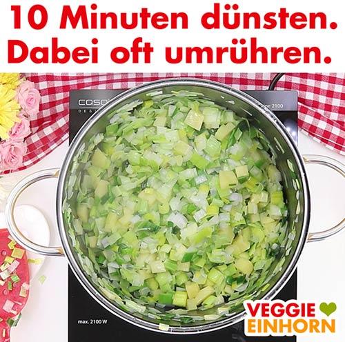 Gemüse dünsten. Dabei oft umrühren.