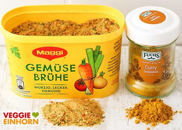 Eine Packung Maggi Gemüsebrühe und Goldelefant Curry von Fuchs
