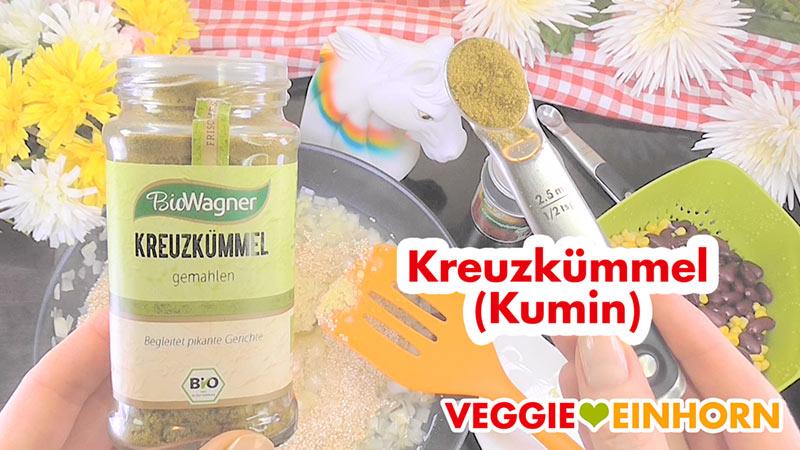 Einfache vegane QUINOA-BOHNEN-MAIS-Pfanne | Gesundes, schnelles Rezept mit Schritt-für-Schritt Foto-Anleitung und VIDEO