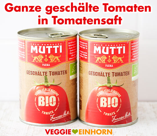 Ganze geschälte Tomaten in Saft aus der Dose