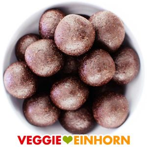 Energiekugeln Rezept vegan | Gesunde Energiebällchen mit Datteln Mandeln und Kakao | Snacks ohne Zucker