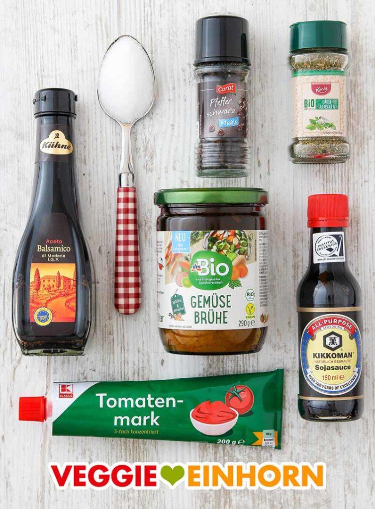 Aceto balsamico, Zucker, Pfeffer, italienische Kräuter, Gemüsebrühe Pulver, Sojasoße, Tomatenmark