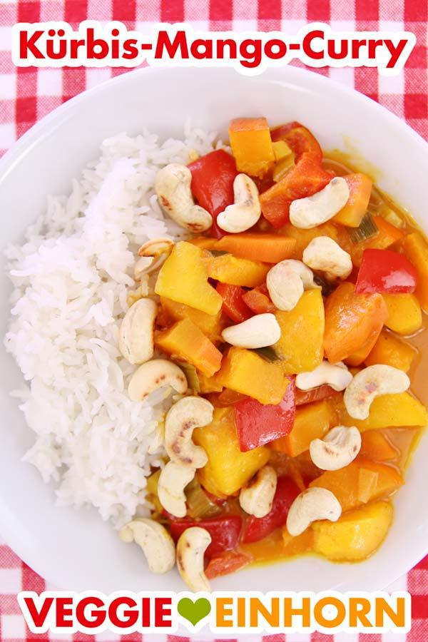 Veganes Curry mit Kürbis, Mango, Paprika und Kokosmilch