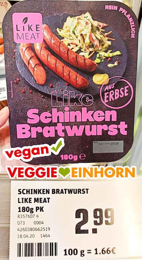 Eine Packung Like Meat Schinken Bratwurst bei Rewe