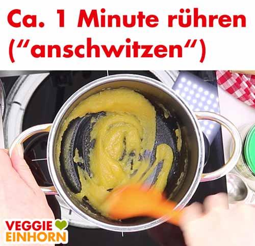 Mehl und Margarine umrühren (anschwitzen)