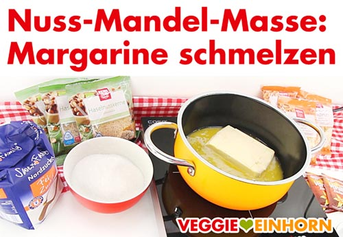 Nuss-Mandel-Masse mit veganer Margarine