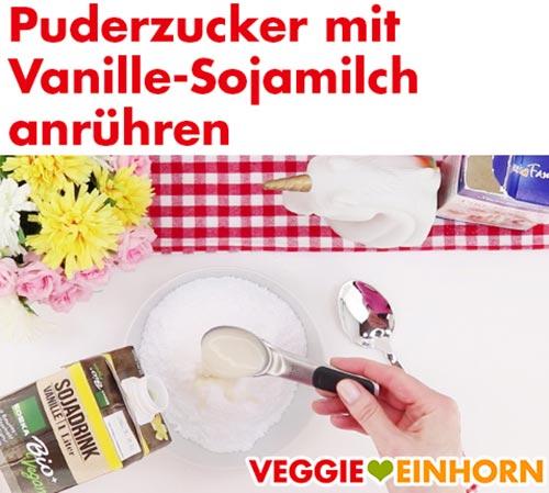 Puderzucker mit Vanille-Sojamilch anrühren