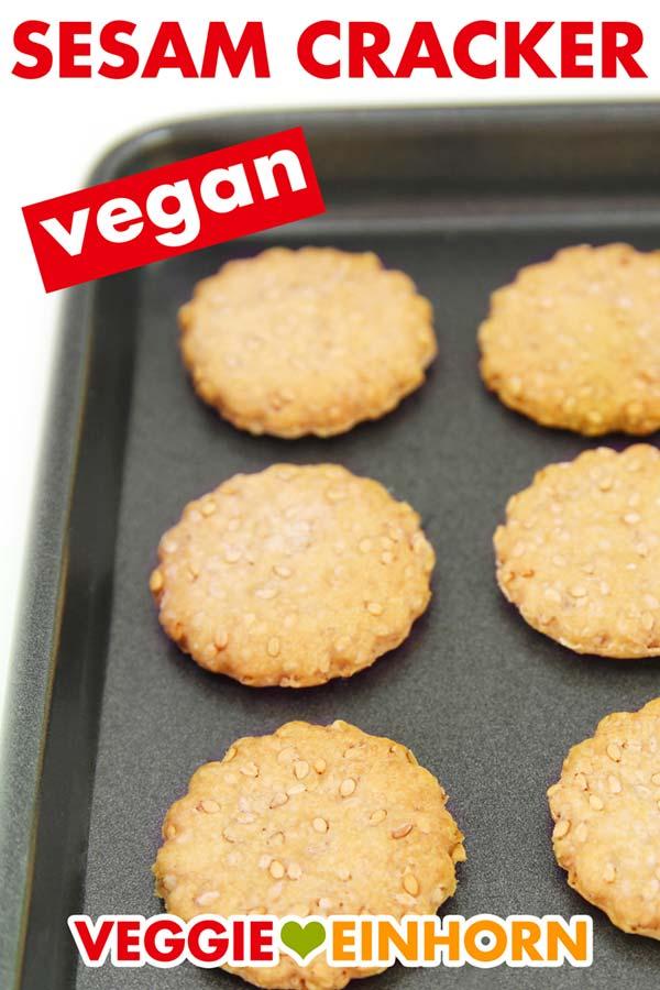 Vegane Sesam Cracker auf Backblech