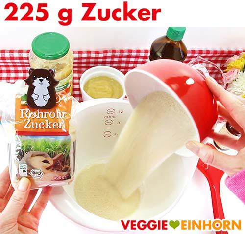 Rohrohrzucker für veganes Zucchinibrot