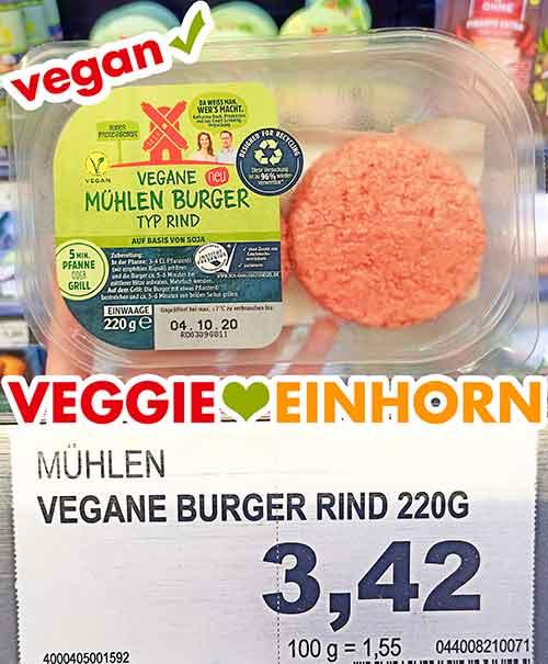 Eine Packung vegane Burger Patties von Rügenwalder Mühle im Supermarkt