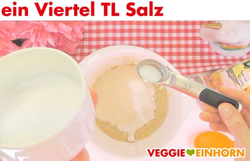 Saftiges veganes Bananenbrot | Einfaches Rezept | Schritt für Schritt Fotos | Prise Salz