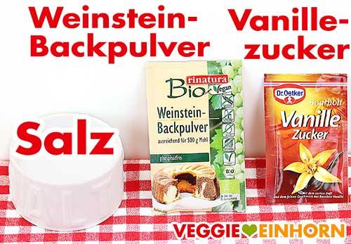 Salz, Weinsteinbackpulver und Vanillezucker