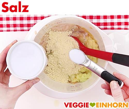 Salz für veganen Kartoffelpuffer Teig