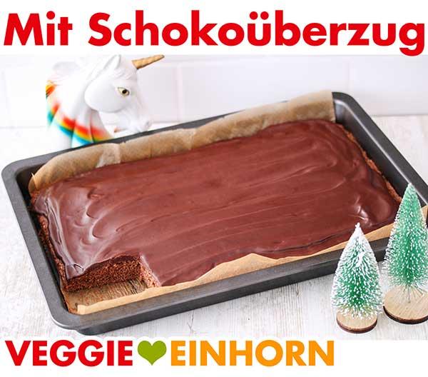 Lebkuchen auf dem Backblech mit Schokoladenüberzug