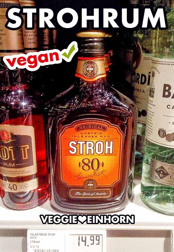 Eine Flasche Strohrum 80 im Supermarktregal