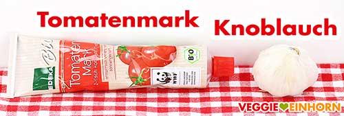 Tomatenmark und Knoblauch