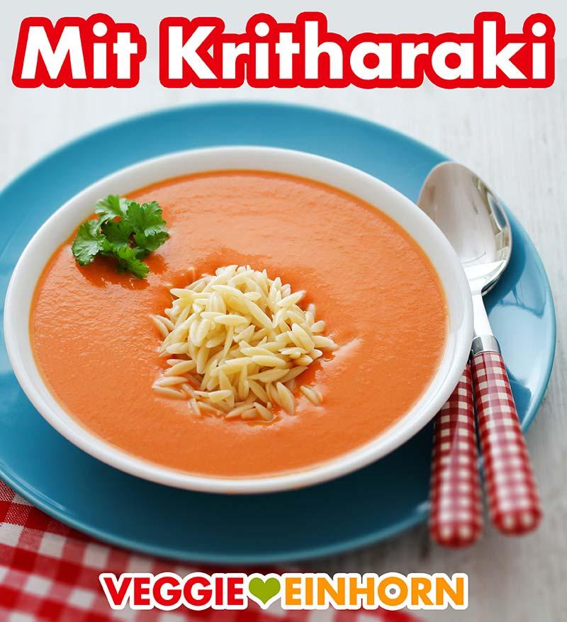 Ein Teller Tomatensuppe mit Kritharaki