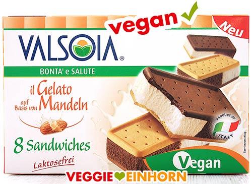 Eine Packung Valsoia Sandwich Eis