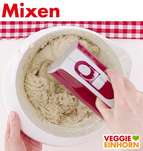 Teig mixen für vegane Amerikaner