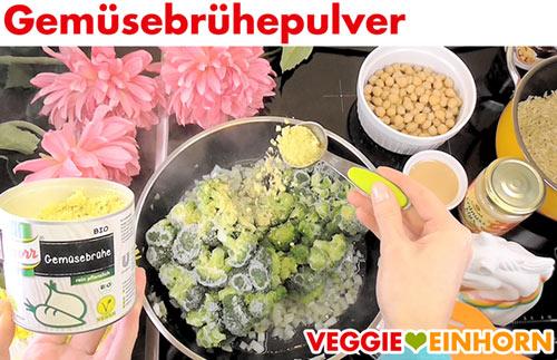 Gemüsebrühepulver zufügen