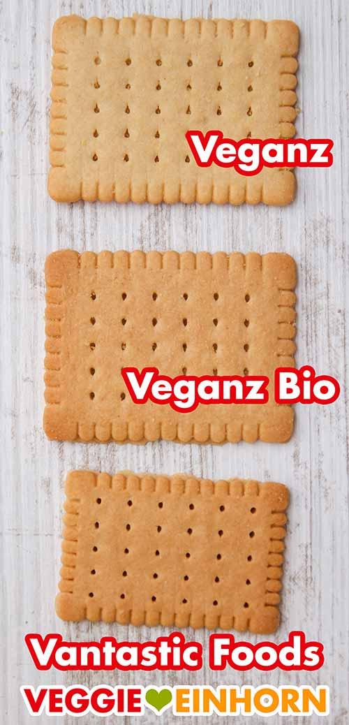 Drei vegane Butterkekse von verschiedenen Marken liegen auf dem Tisch