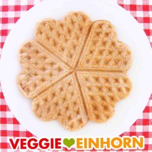 Leckere VEGANE DINKEL-VOLLKORN-WAFFELN | Einfaches veganes Waffelrezept | Rezept mit VIDEO