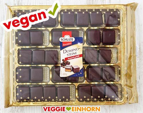 Eine Packung vegane Dominosteine