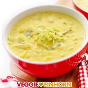 Vegane Käse-Lauch-Suppe mit Kartoffeln