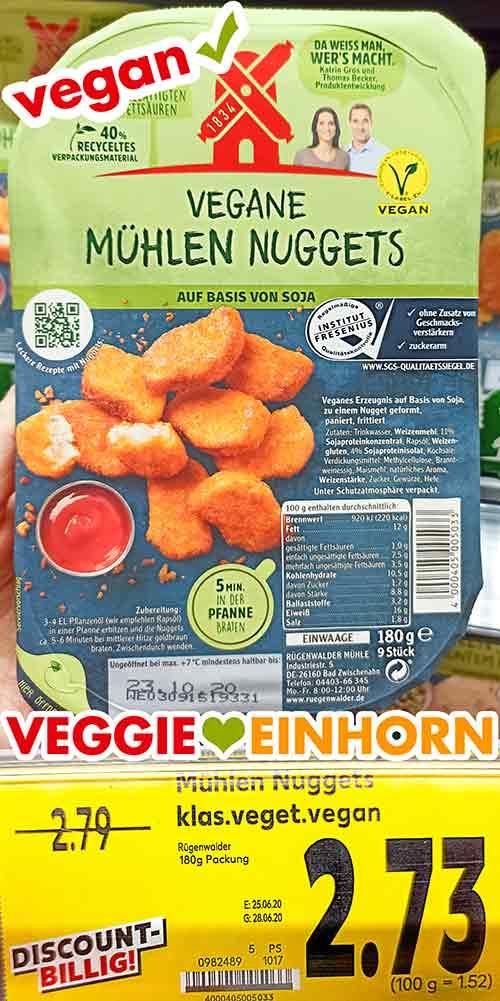 Eine Packung vegane Mühlen Nuggets im Supermarkt