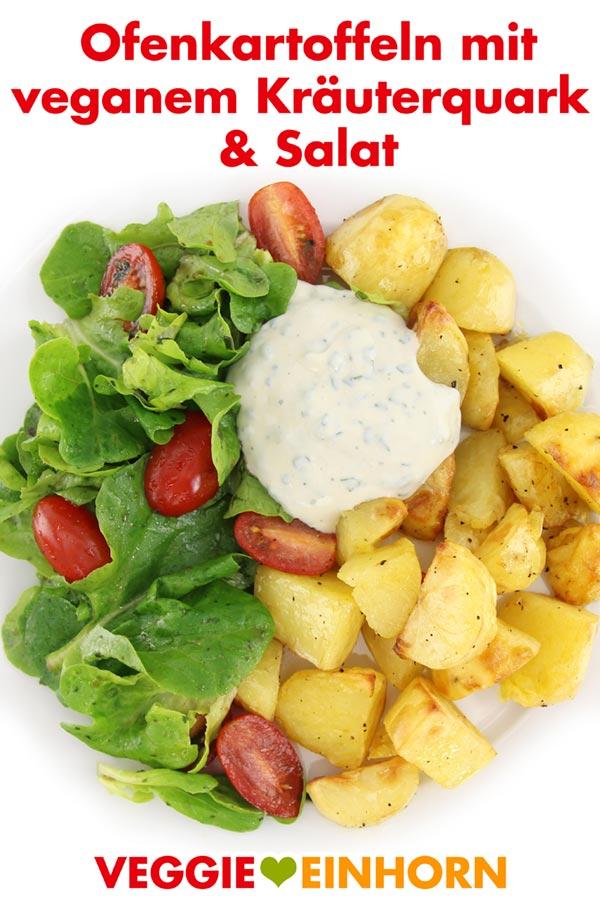 Ofenkartoffeln mit veganem Kräuterquark und Salat