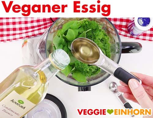 Veganen Essig in Standmixer geben