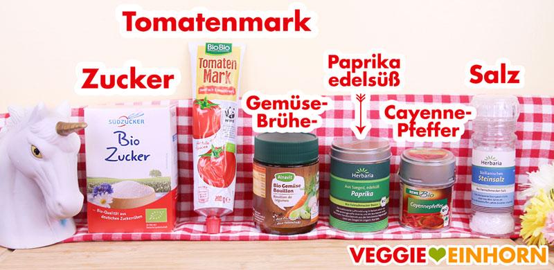 Gewürze und Tomatenmark für den veganen Eintopf