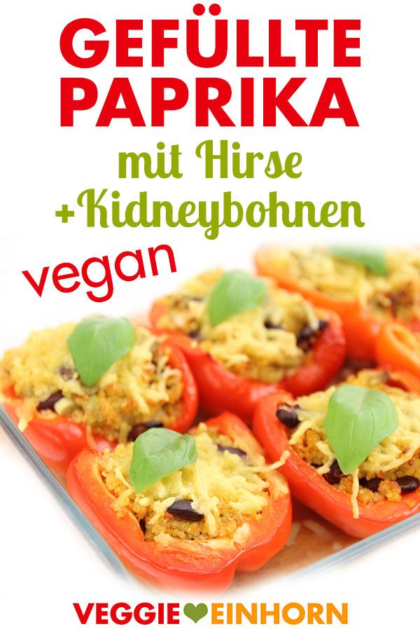 Vegane Gefüllte Paprika mit Hirse und Kidneybohnen. Überbacken mit veganem Käse.