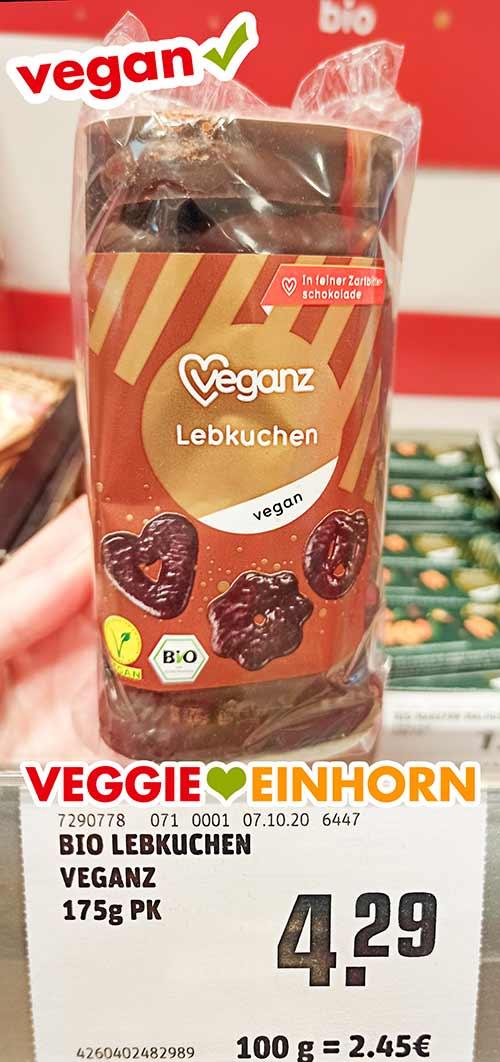 Eine Packung Veganz Lebkuchen im Supermarkt
