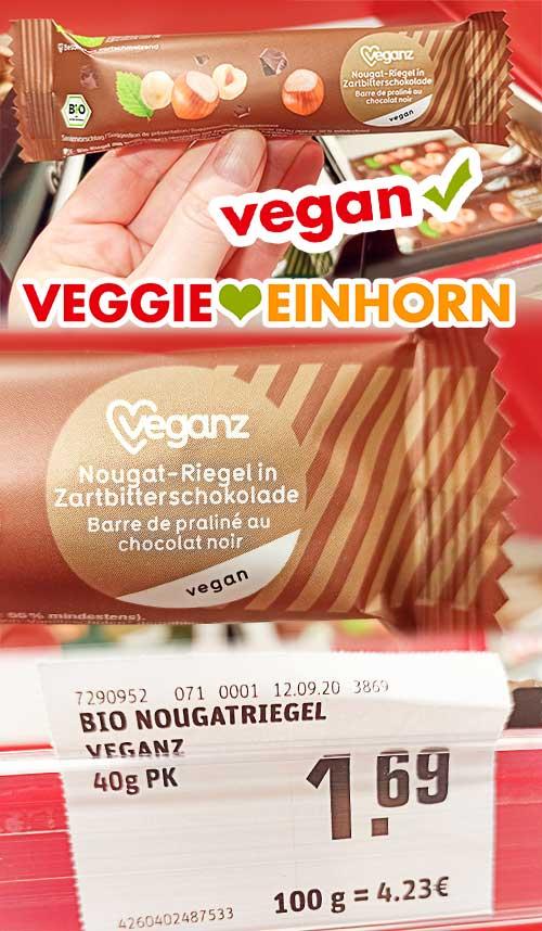 Ein Nougat Riegel von Veganz im Supermarkt