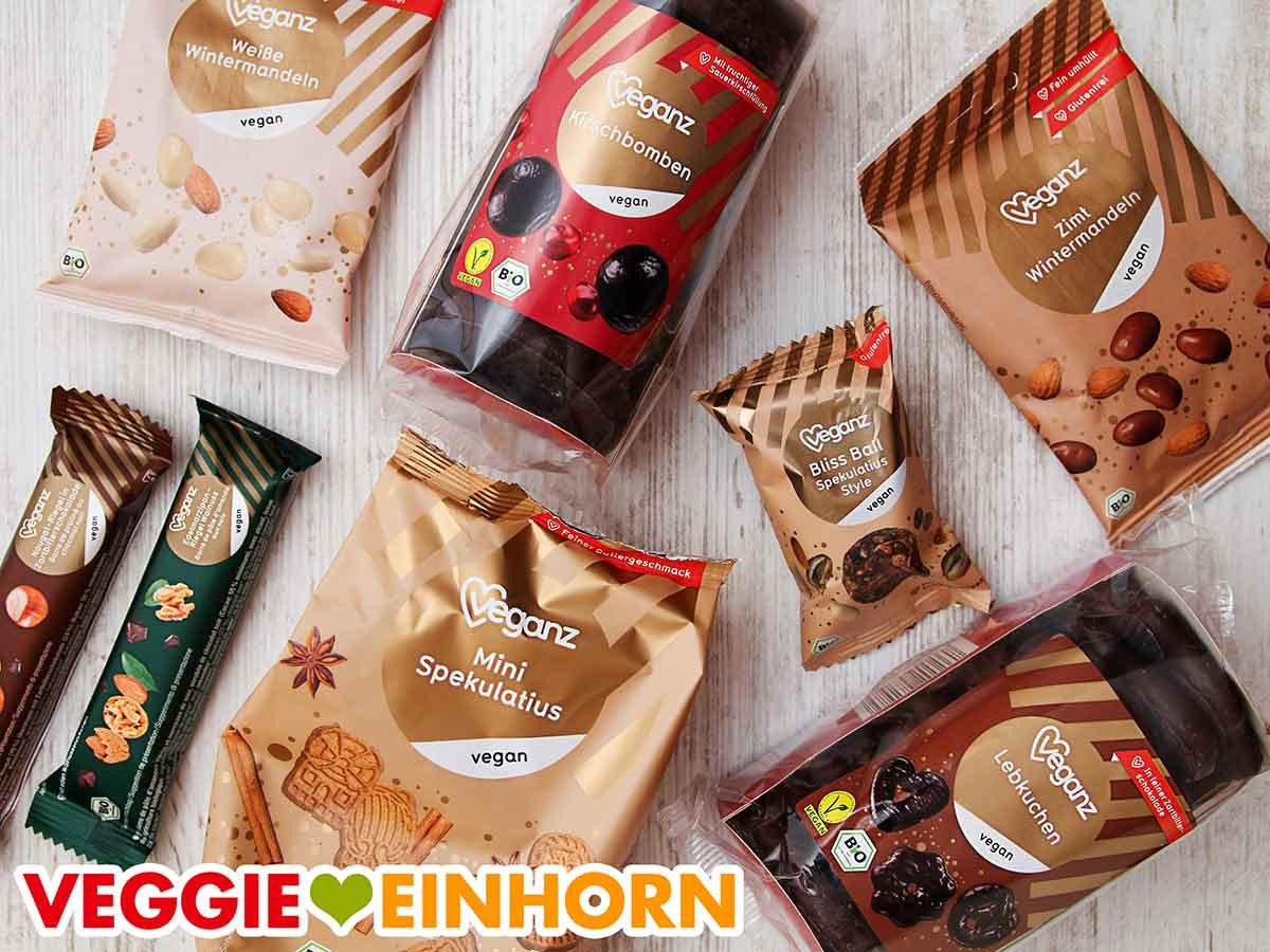 Packungen mit Veganz Süßigkeiten für Weihnachten