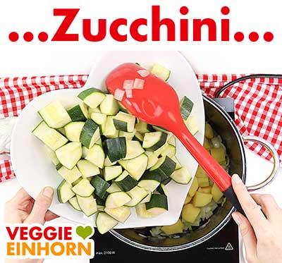 Zucchini zufügen