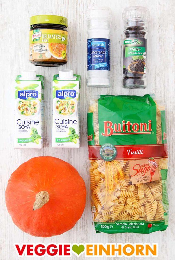 Zutaten für One Pot Pasta mit Hokkaido Kürbis