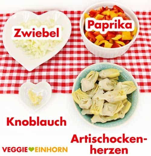 Zwiebel, Paprika, Knoblauch und Artischockenherzen