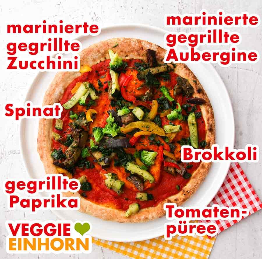 Die fertig zubereitete Pizza Verdura Vegan von followfood