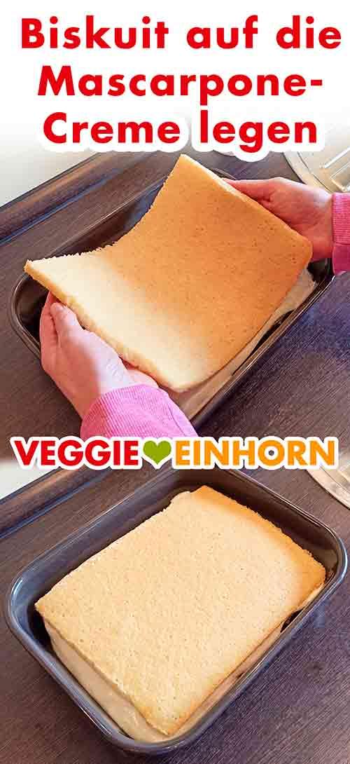 Den veganen Biskuit auf die Mascarpone Creme legen.