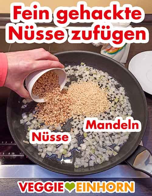 Nüsse und Mandeln zufügen