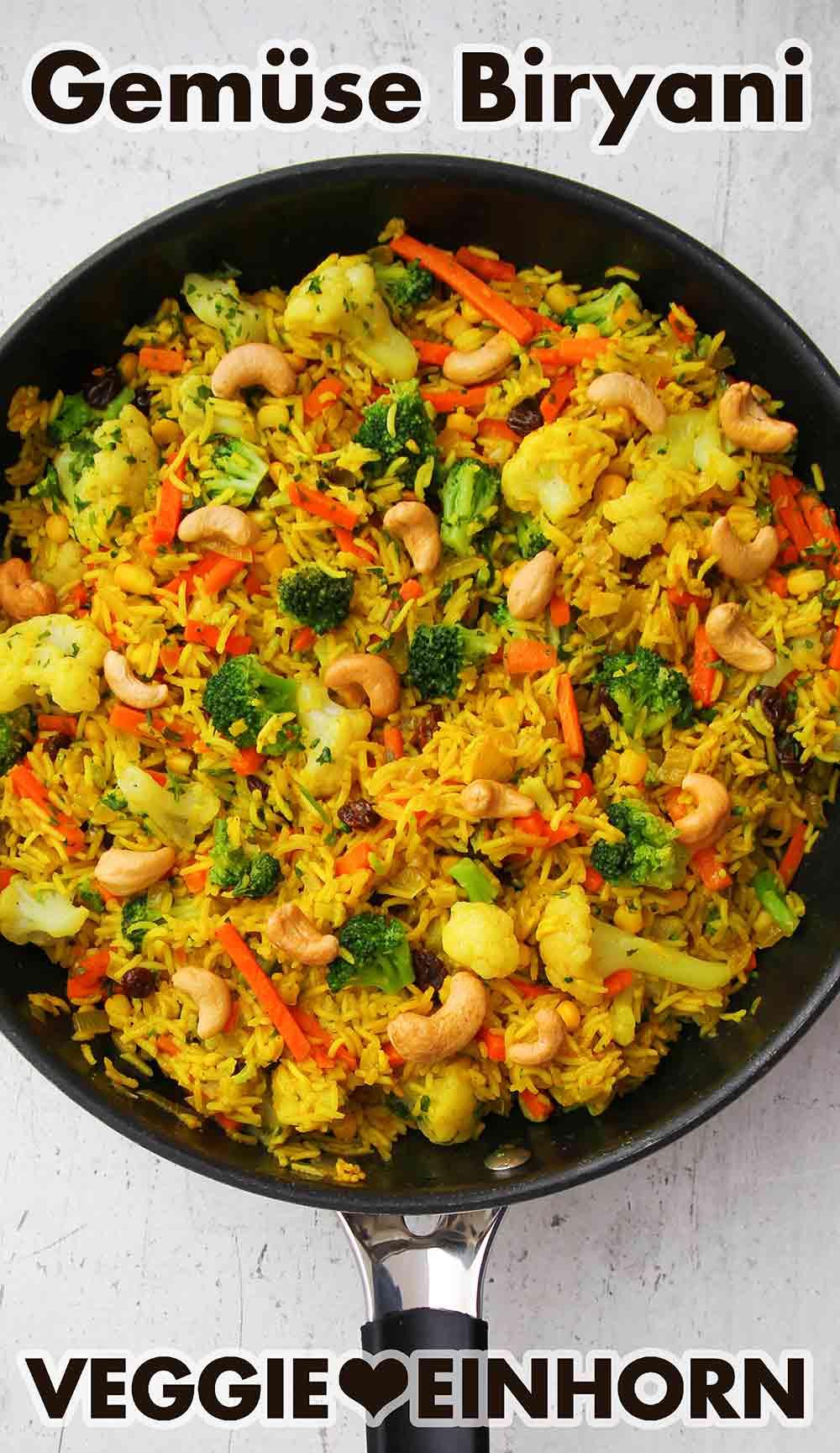 Vegetarisches Biryani in einer Pfanne
