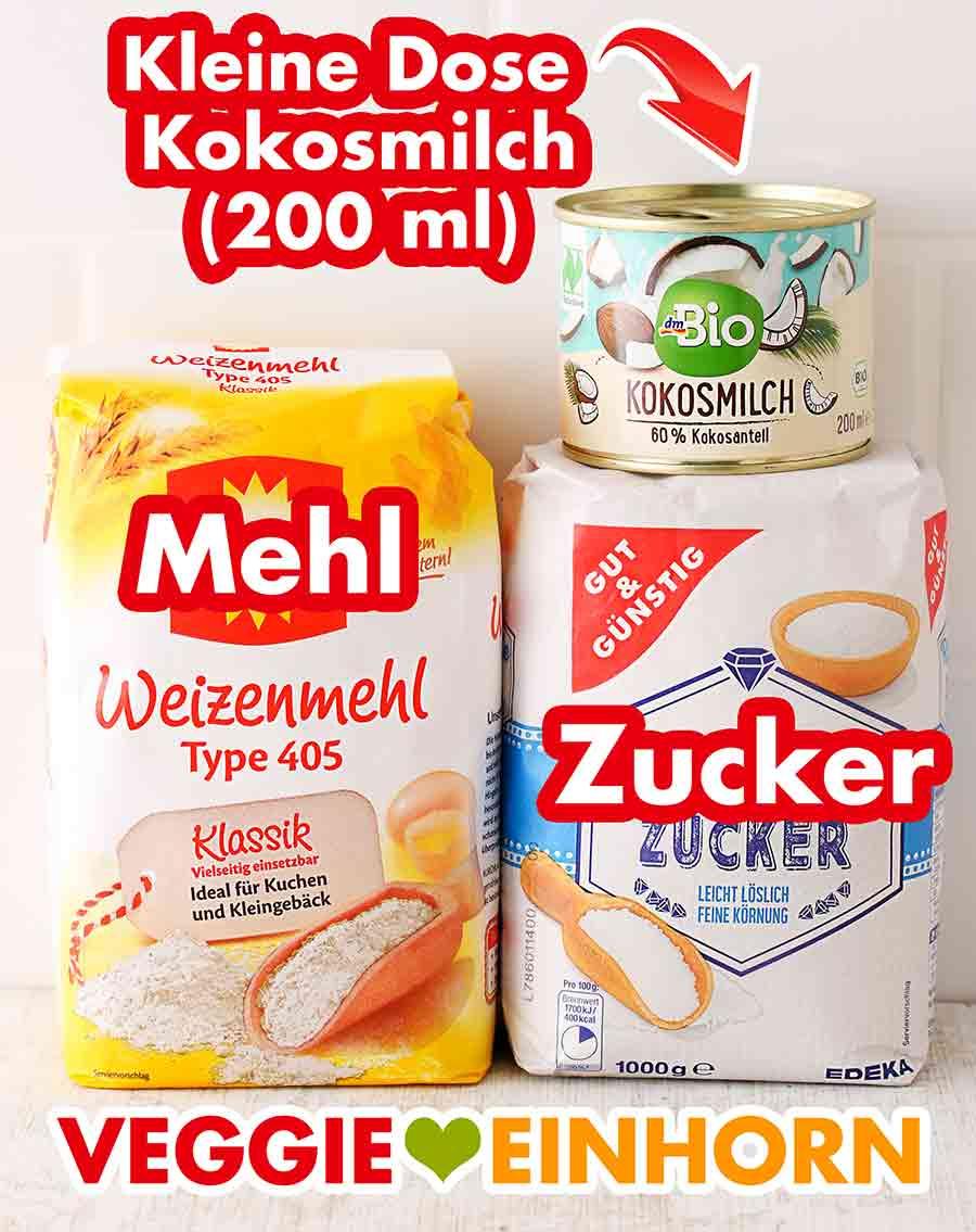 Eine kleine Dose Kokosmilch, eine Packung Mehl und eine Packung Zucker