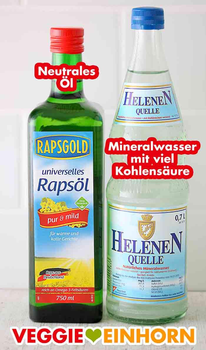 Eine Flasche neutrales Rapsöl und eine Flasche Mineralwasser