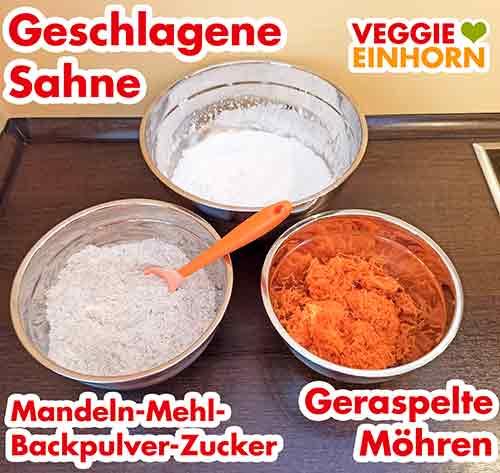 Drei Rührschüsseln mit den vorbereiteten Zutaten für den Teig
