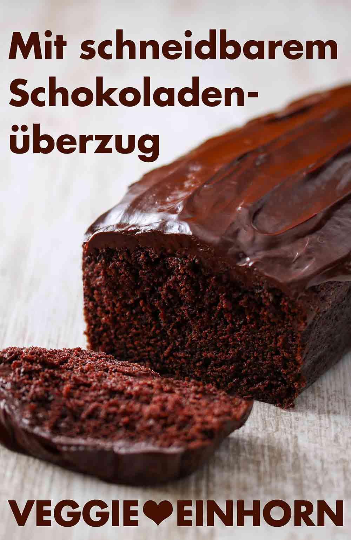 Veganer Schokokuchen mit schneidbarem Schokoladenüberzug