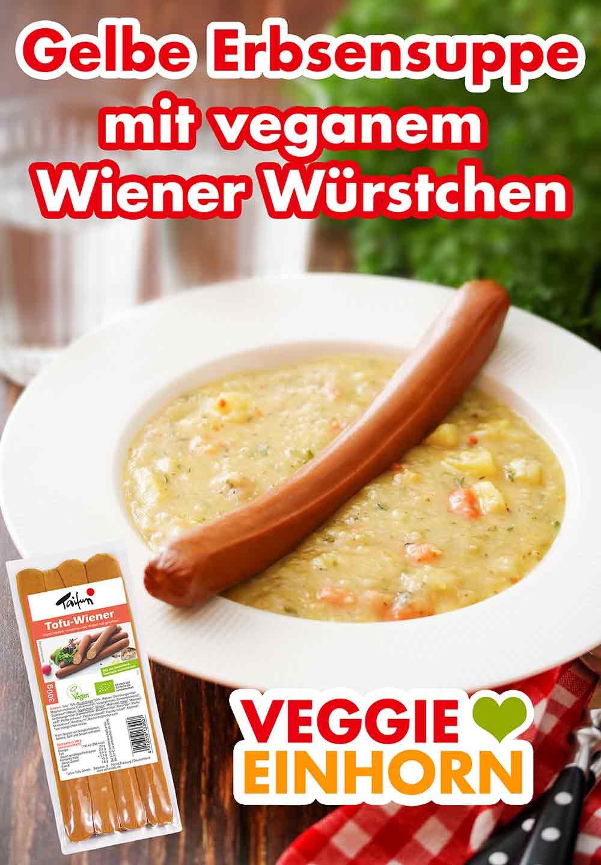 Vegetarischer Erbseneintopf mit einem veganen Wiener Würstchen