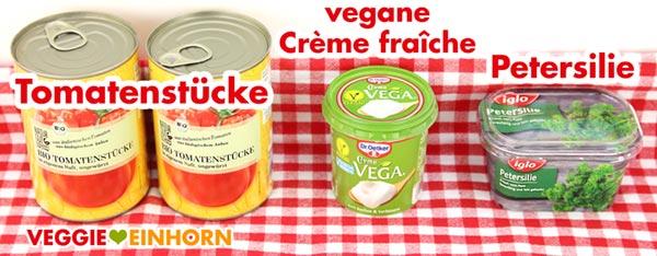 Vegane Creme fraiche, Tomatenstücke aus der Dose, Petersilie