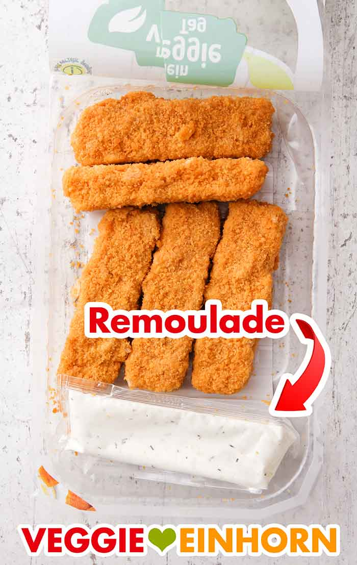 Vegane Fischstäbchen von Aldi und vegane Remoulade in der Packung
